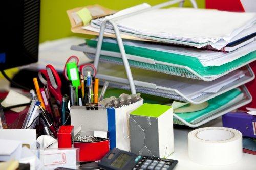 Declutter Your Desk in a Few Easy Steps